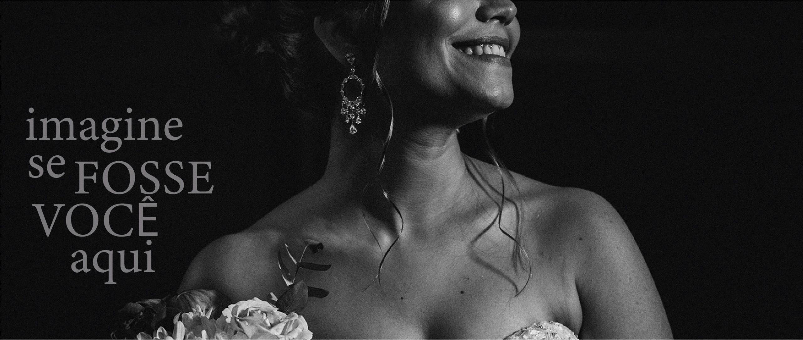 Noiva Sorrindo para o Fotógrafo Adriano Cardozo